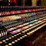 اقدام گمرک عامل افزایش کالاهای آرایشی قاچاق